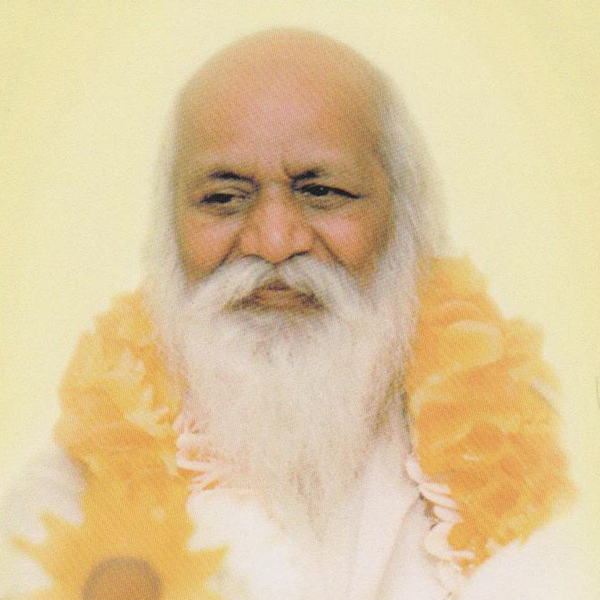 Maharishi Mahesh Yogi - A Living Saint for the New Millennium